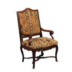 French Regence Walnut Fauteuil, Early 18th Century