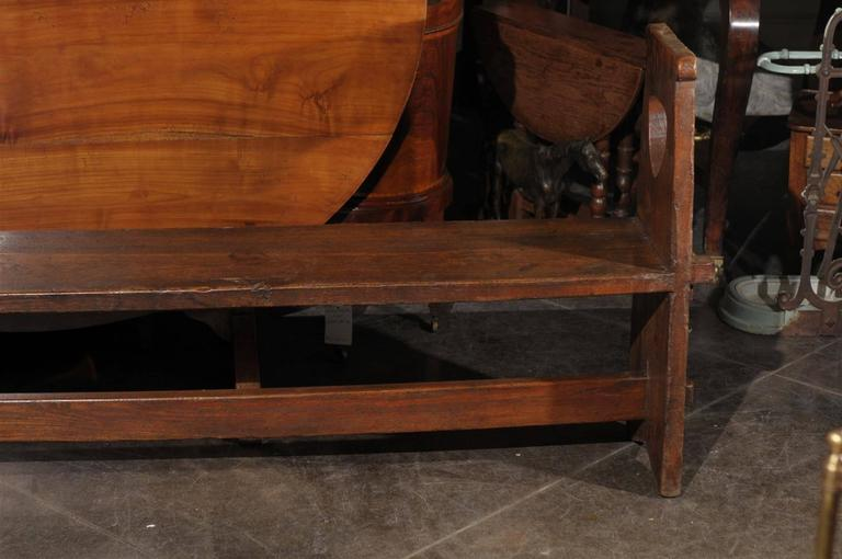 Narrow Tuscan Italian Wooden Bench with Stretcher from the Early 19th century For Sale 3