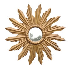 French Large Size Sunburst Mirror from the 1940s with Sunrays of Varying Sizes