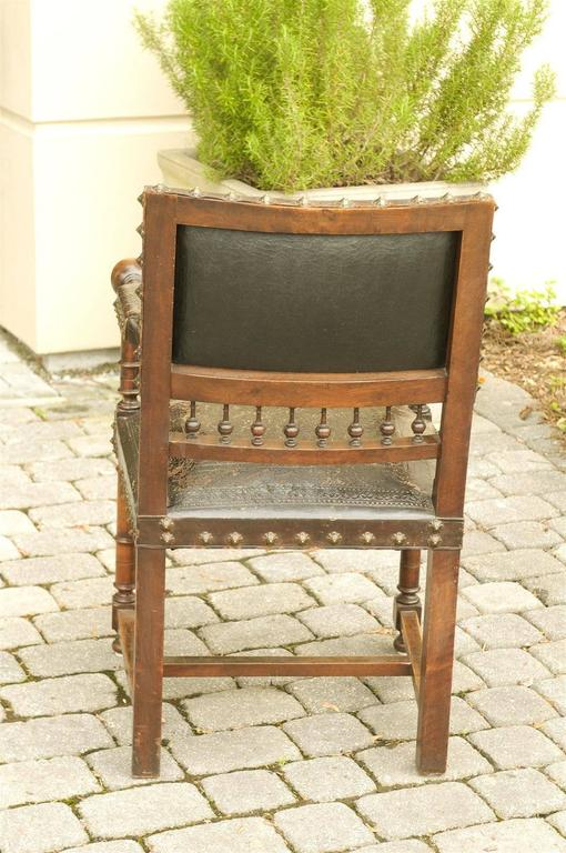 French 19th Century Embossed Leather Upholstered Wooden Armchair with Open Arms For Sale 5