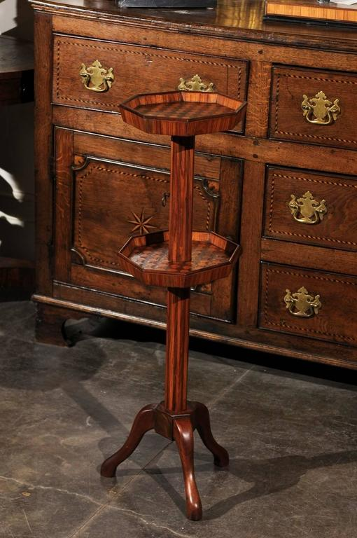 Adjustable French wooden dumb waiter/pedestal stand from the late 19th century. This stand from circa 1880 is a French example of a piece of furniture that developed in England in the early 18th century, the dumb waiter. The pieces were early