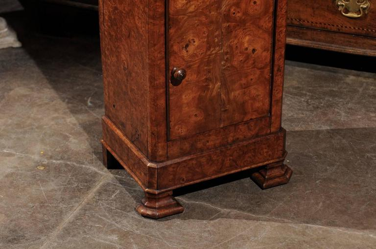 English Burl Wood Pot Cupboard from the 1880s with Single Drawer and Door For Sale 2