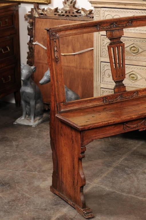 English Early 19th Century Walnut Bench with Pierced Back and Swag Motifs 4