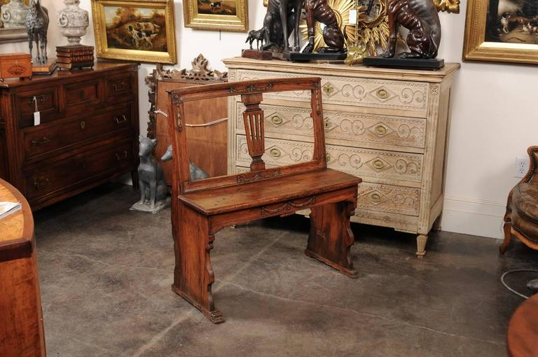 Italian English Early 19th Century Walnut Bench with Pierced Back and Swag Motifs For Sale