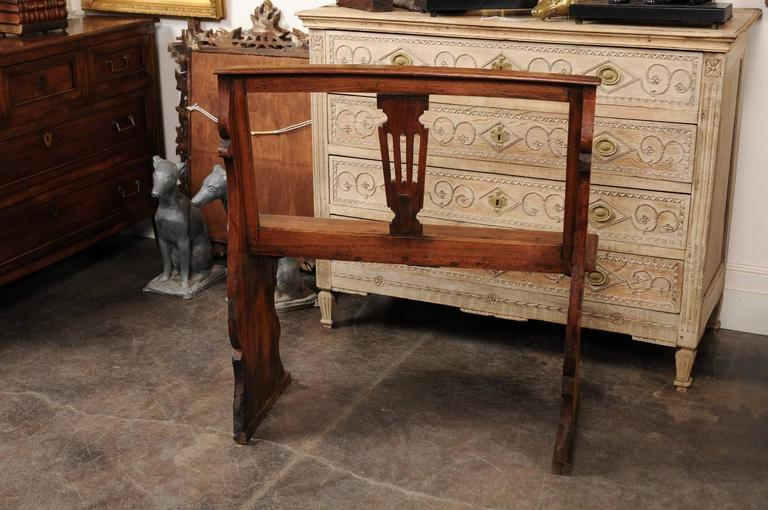 English Early 19th Century Walnut Bench with Pierced Back and Swag Motifs 10