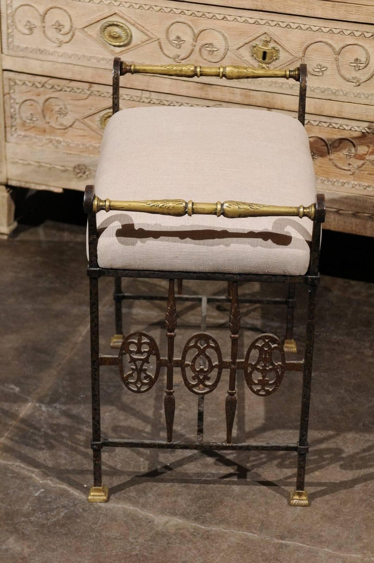 Italian 1920s Wrought-Iron Upholstered Bench with Bronze Accents For Sale 1