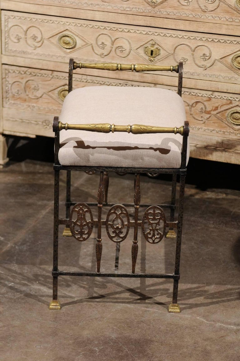 Italian 1920s Wrought-Iron Upholstered Bench with Bronze Accents For Sale 4