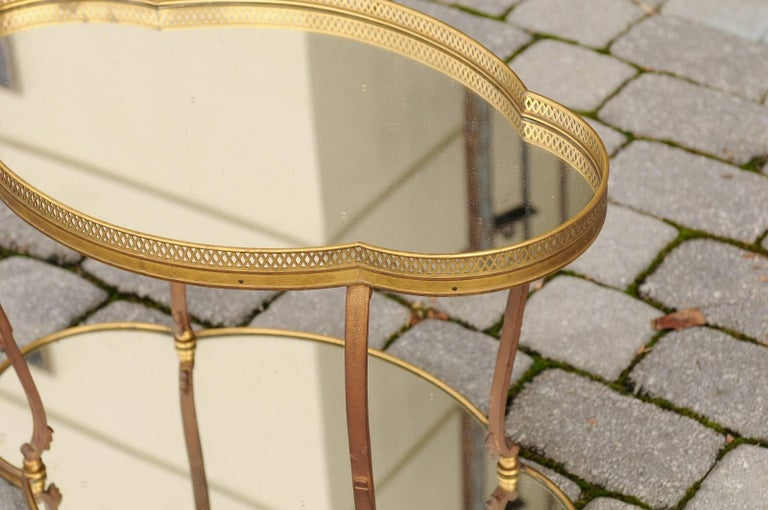 French Maison Jansen Style Brass and Mirrored Two-Tiered Side Table, 1940s In Good Condition For Sale In Atlanta, GA