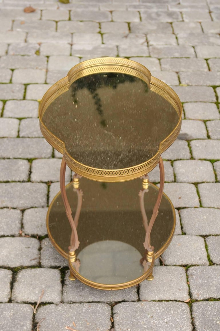 French Maison Jansen Style Brass and Mirrored Two-Tiered Side Table, 1940s For Sale 1