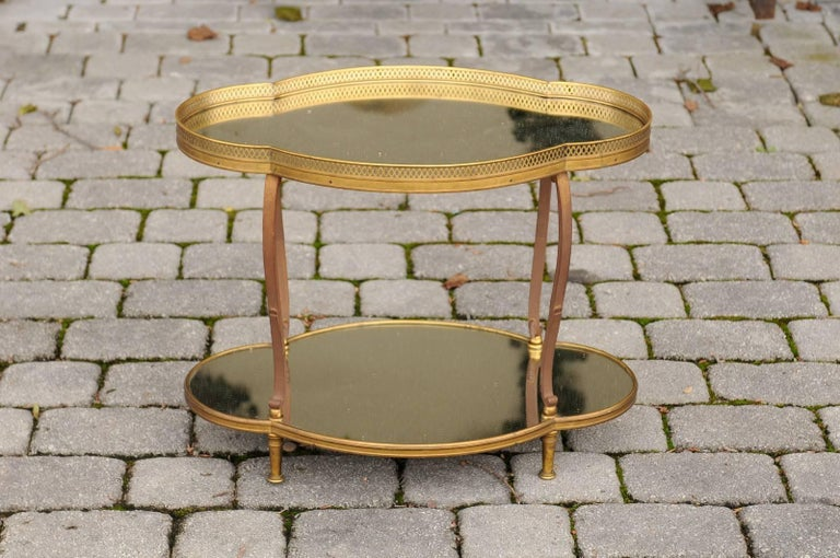 French Maison Jansen Style Brass and Mirrored Two-Tiered Side Table, 1940s For Sale 2