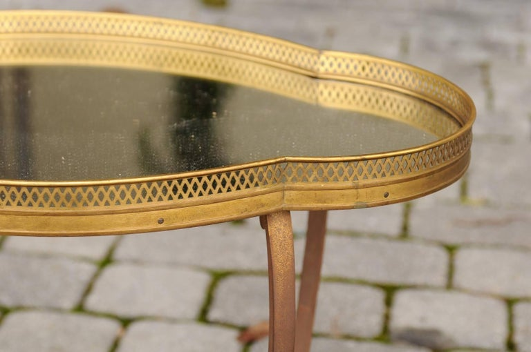 French Maison Jansen Style Brass and Mirrored Two-Tiered Side Table, 1940s For Sale 3