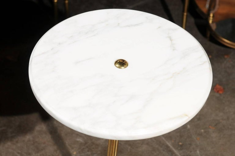 Italian Vintage Round Drinks Table with White Marble Top and Brass Pedestal Base For Sale 3