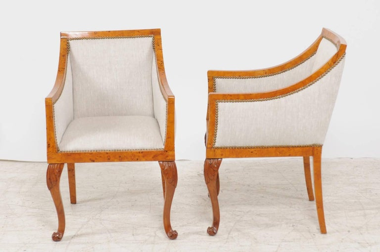 Pair of 1850s Biedermeier Austrian Burled Wood Bergères with New Upholstery For Sale 5