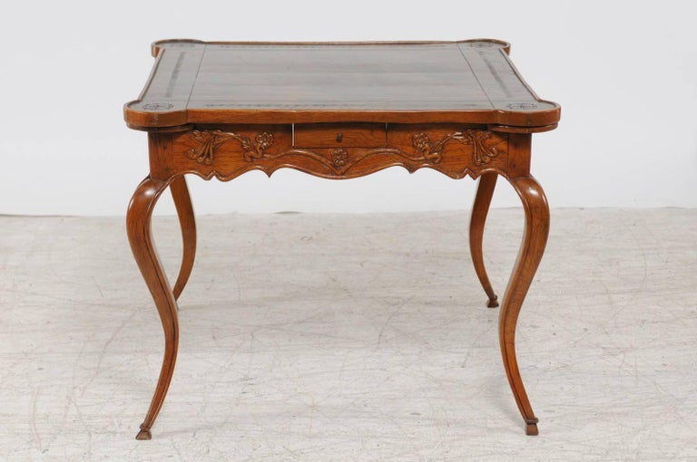 French Louis XV Style 1870s Carved Oak Game Table with Leather Top and Pull Outs For Sale 3