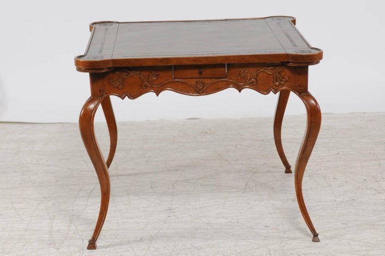 French Louis XV Style 1870s Carved Oak Game Table with Leather Top and Pull Outs For Sale 5