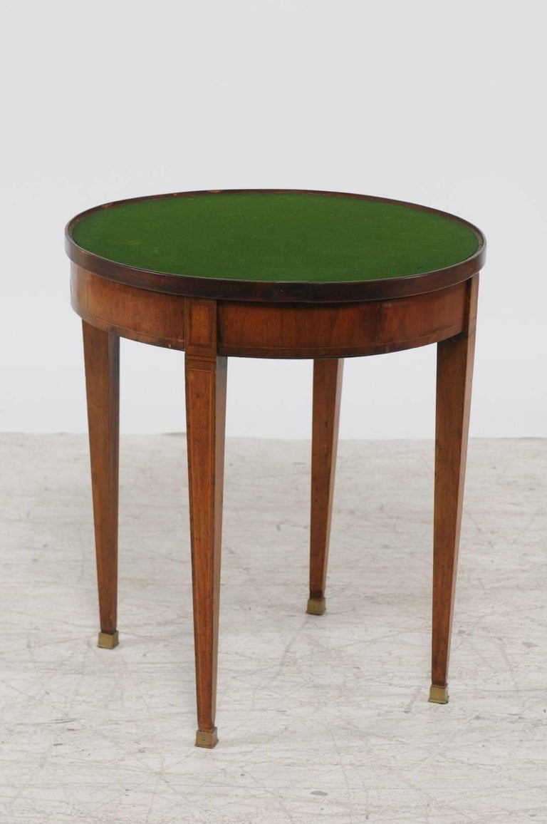 French Louis XVI Style 1870s Round Game Table with Flip Top and Tapered Legs For Sale 1