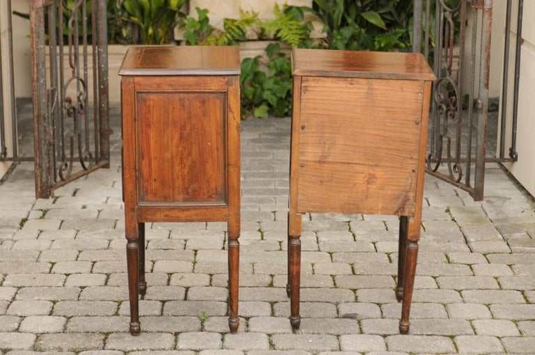 Pair of Petite Italian 1820s Walnut Two-Drawer Commodes with Crossbanded Inlay For Sale 6