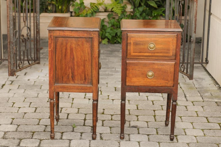 Pair of Petite Italian 1820s Walnut Two-Drawer Commodes with Crossbanded Inlay For Sale 8
