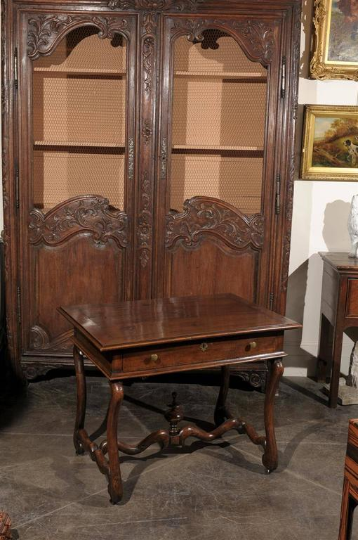 French Mid-19th Century Walnut Side Table, Single Drawer and Carved Stretcher In Good Condition For Sale In Atlanta, GA