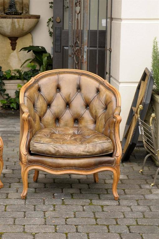Pair of 1940s French Louis XV Style Tufted Leather Barrel Back Bergeres Chairs For Sale 3