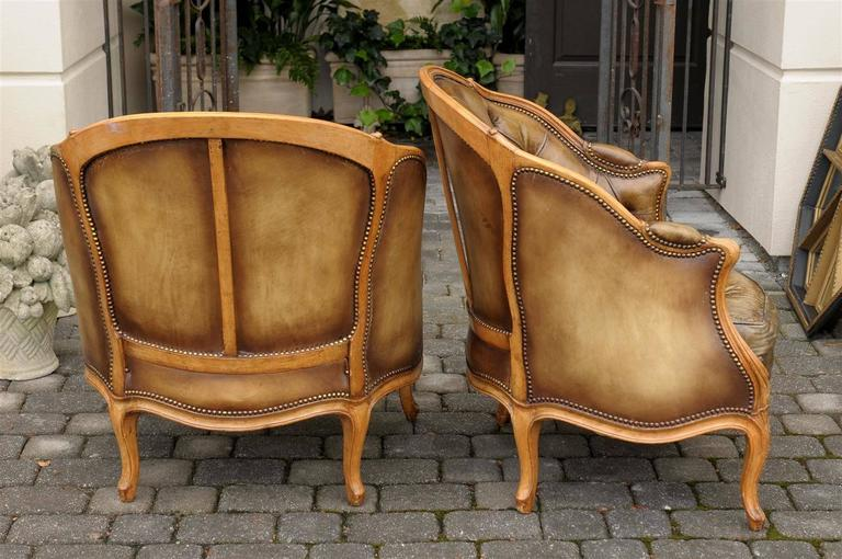 Pair of 1940s French Louis XV Style Tufted Leather Barrel Back Bergeres Chairs For Sale 2