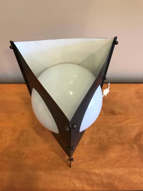 1950s Modernist Box Kite Table Lamp 4