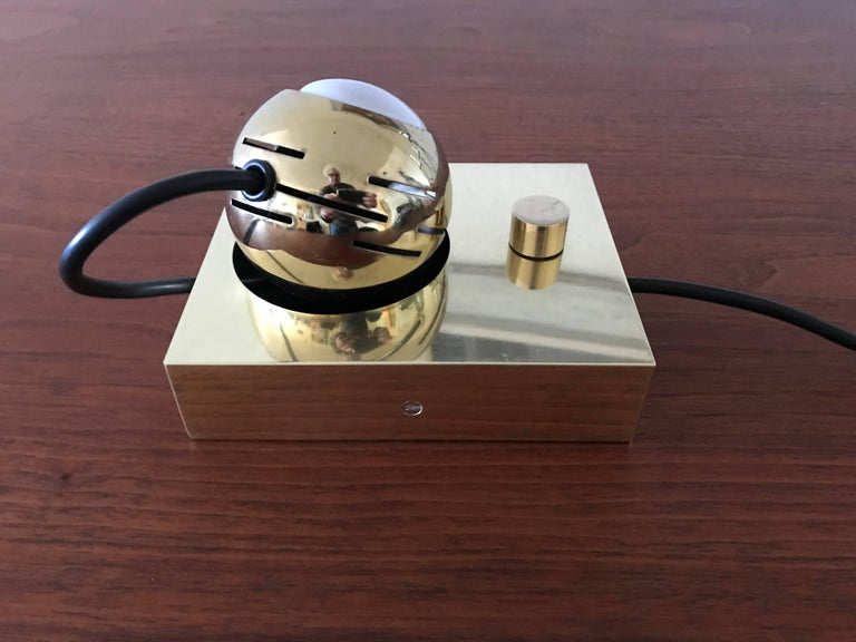 Arredoluce Eyeball Table or Wall Lamp by Angelo Lelli 2