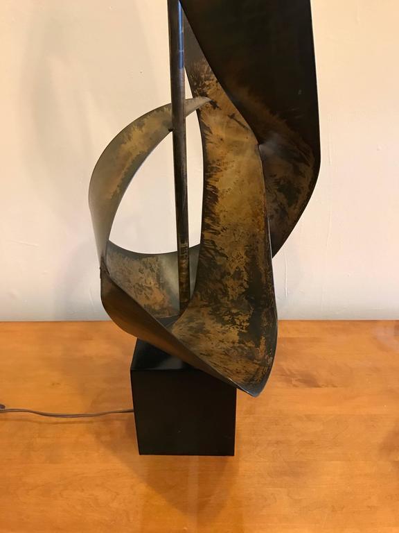 Brutalist Ribbon Sculpture Lamp by Harry Balmer for Laurel 7