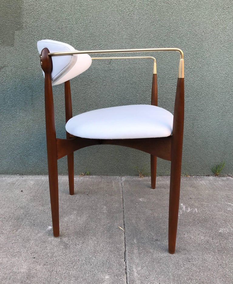 Dan Johnson Armchair in White Leather for Selig 6