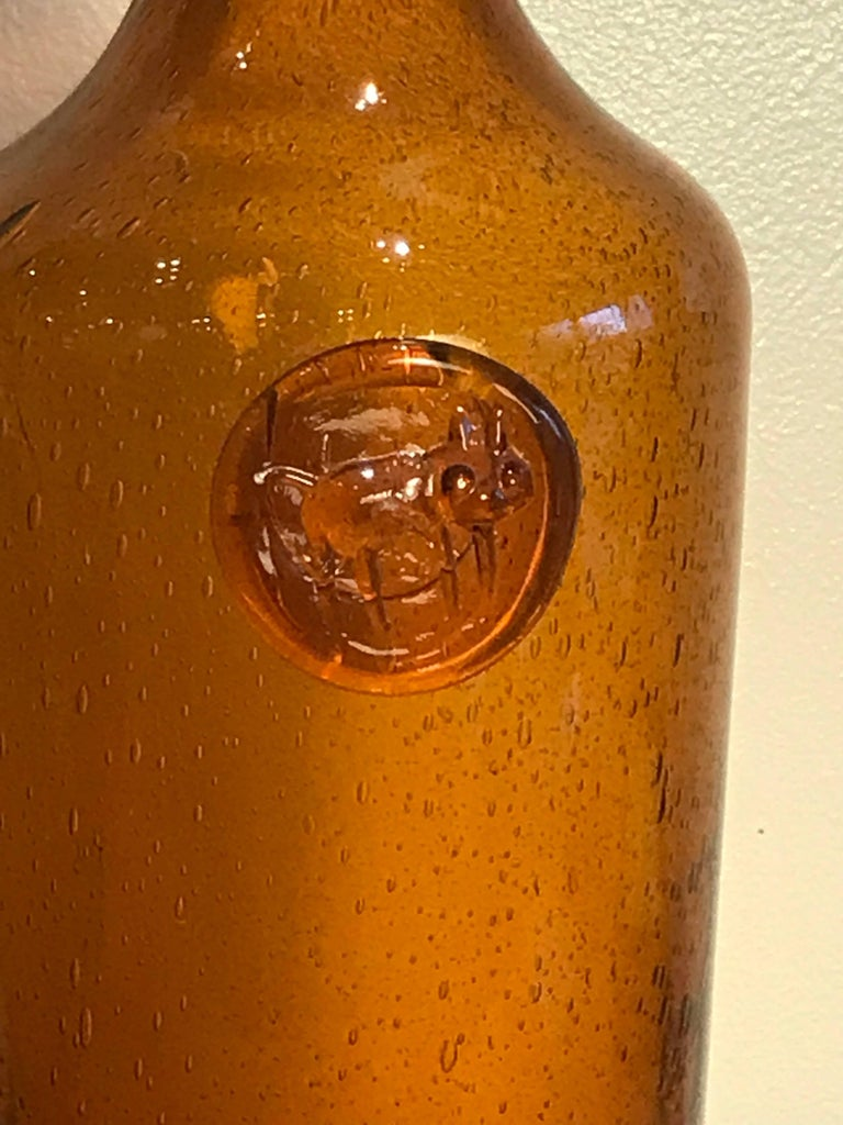 Erik Hoglund Amber Glass Bottle with Cat Motif, 1960s Vintage Swedish Modern 2