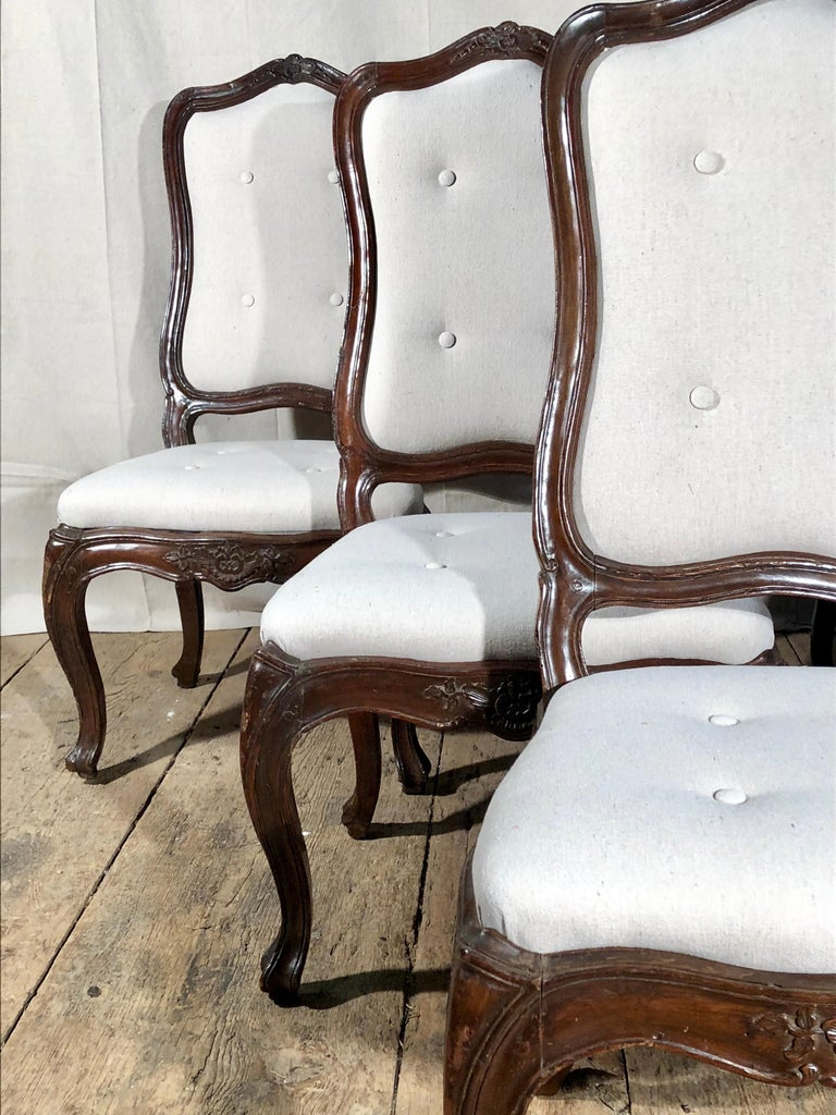 Set of Six Italian Louis XV Style Dining Chairs, circa 1800 For Sale 14