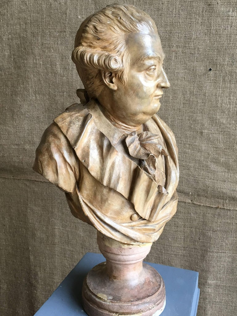 18th Century French Terracotta Bust of a Nobleman, Attributed to Houdon For Sale
