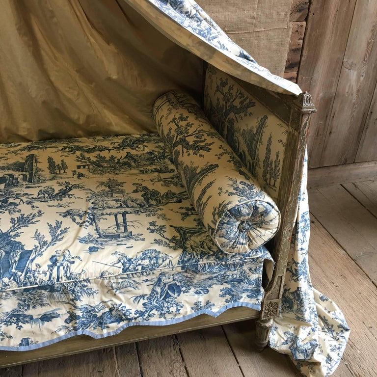 French Louis XVI Canopy Bed, Early 19th Century For Sale 2