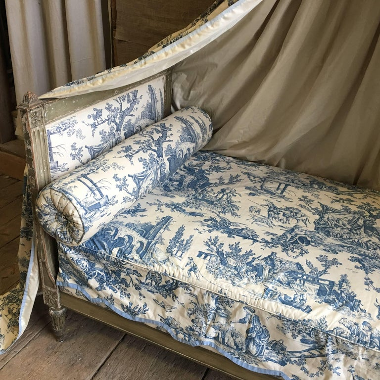 French Louis XVI Canopy Bed, Early 19th Century For Sale 1