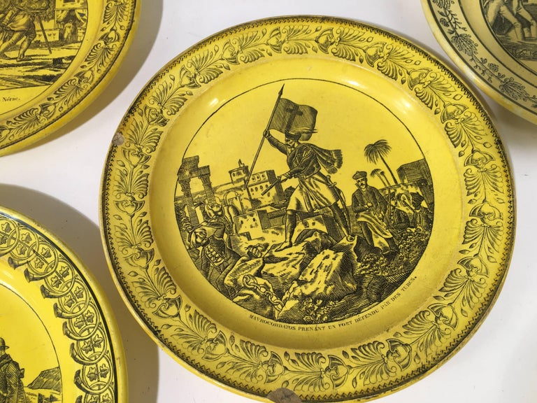 19th Century Group of Eight Yellow Creil et Montereau Plates, French Empire For Sale