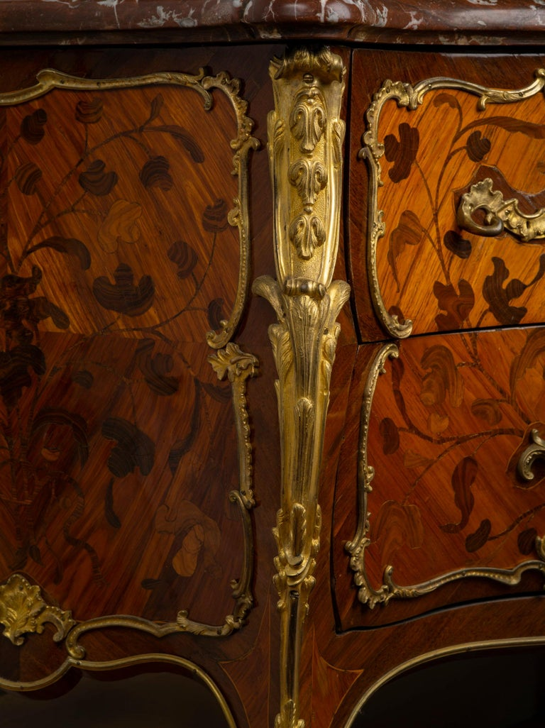 Louis XV Ormolu-Mounted Tulipwood and Bois de Bout Commode Stamped Chevallier For Sale 3