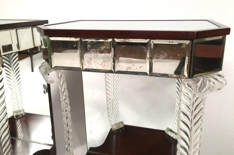 Pair of 1930s Grosfeld House Hollywood Regency Acanthus Leaf Tables For Sale 1