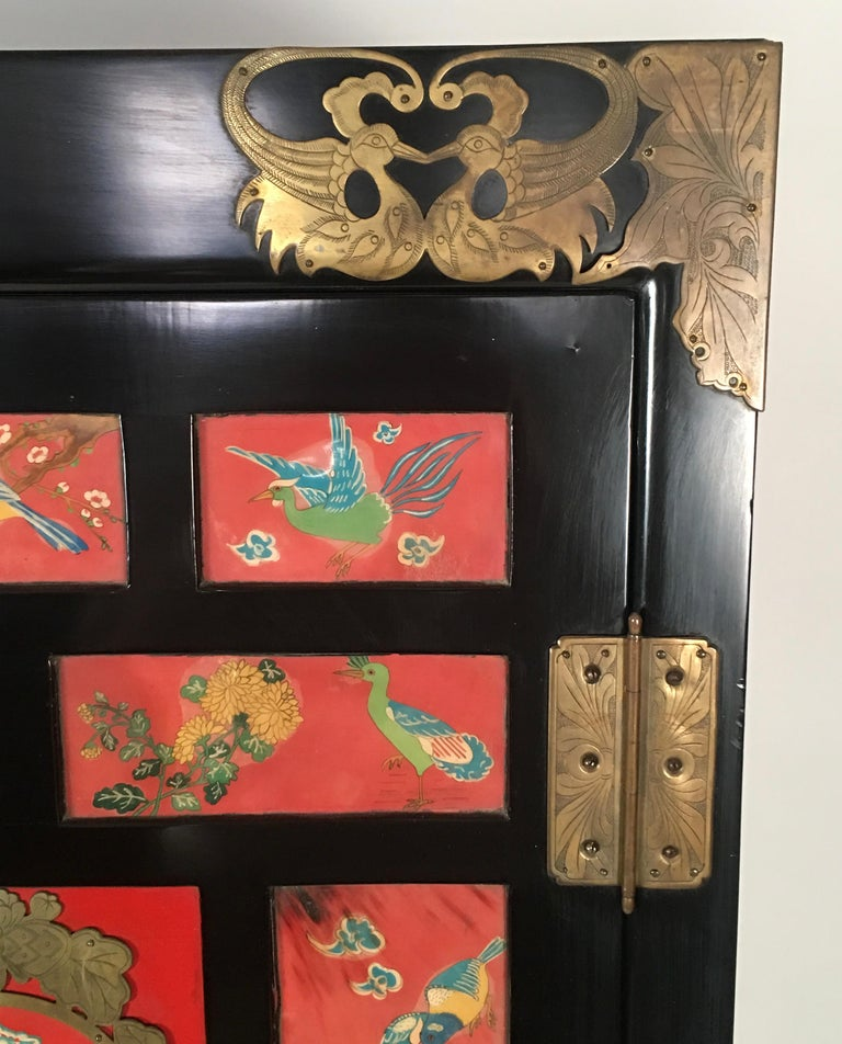 Chinese Export Lacquered Cabinet with Hand-Painted Bird Decorated Panels In Good Condition For Sale In Essex, MA