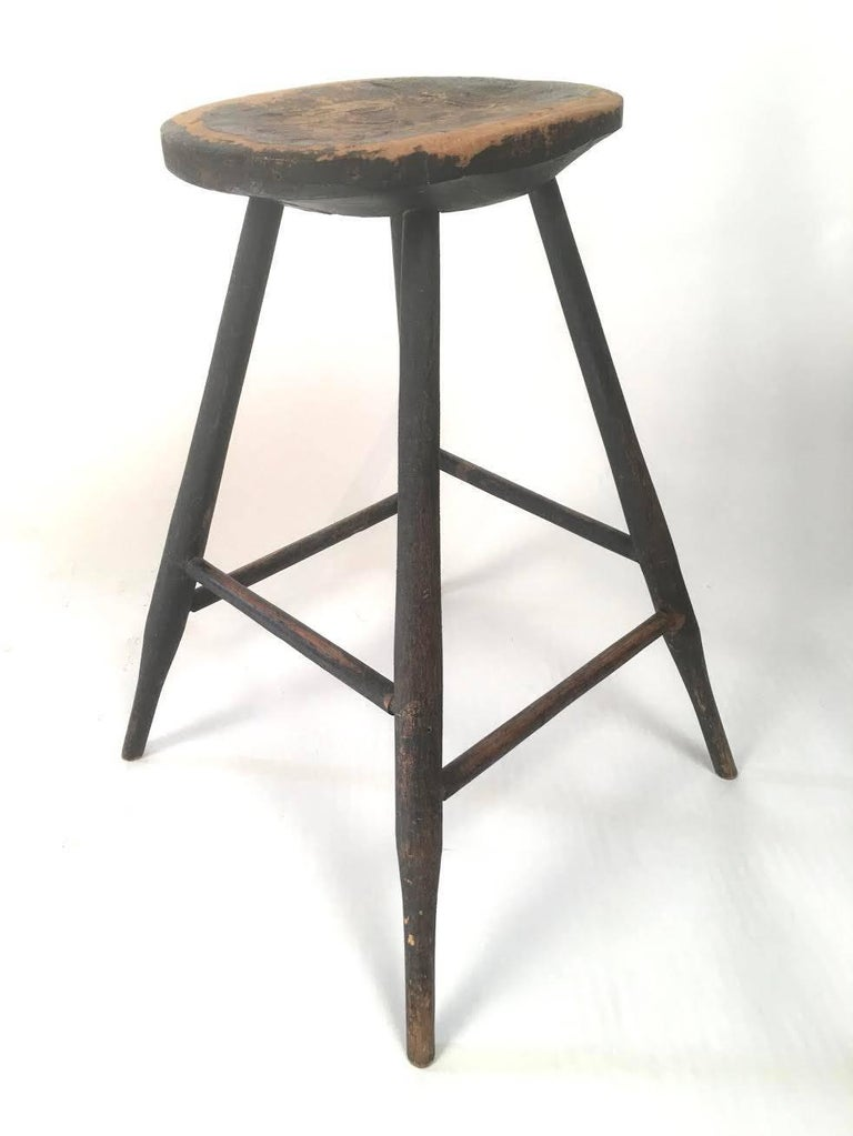 Carved Early American Country Windsor Stool or Occasional Table For Sale