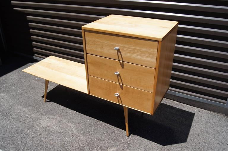 Planner Group Three-Drawer Chest on Low Table by Paul McCobb for Winchendon  In Good Condition For Sale In Boston, MA