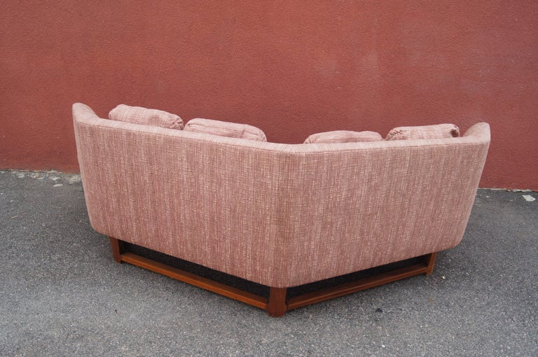 20th Century Janus Sofa, Model 6329, by Edward Wormley for Dunbar For Sale