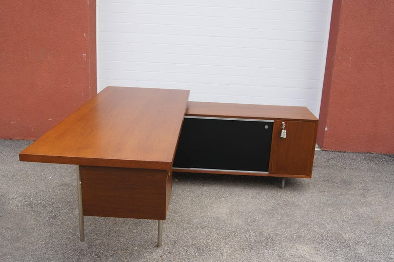 Walnut EOG Desk with Storage Unit by George Nelson for Herman Miller For Sale 1