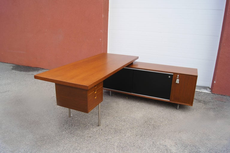 Walnut EOG Desk with Storage Unit by George Nelson for Herman Miller For Sale 3