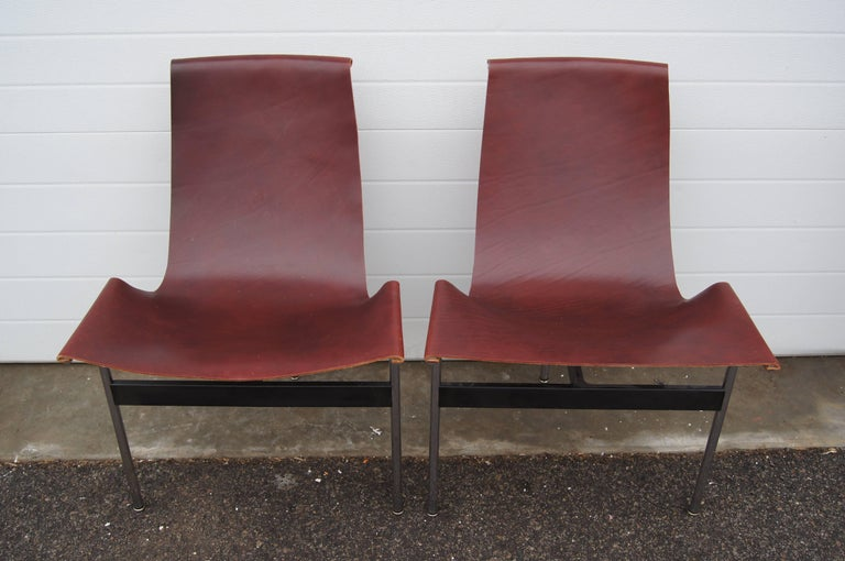 Lacquered Pair of T Side Chairs by Katavolos, Littell & Kelley for Laverne International For Sale