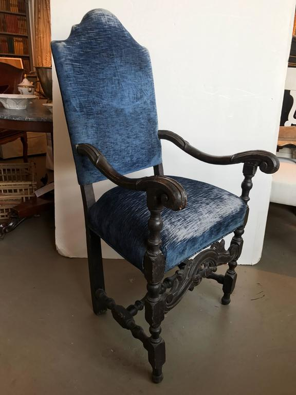 17th Century French Walnut Armchair In Excellent Condition For Sale In Boston, MA