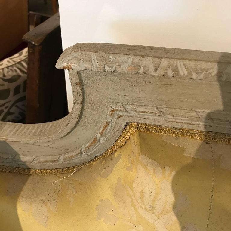 19th Century French Grey Painted Daybed For Sale 3