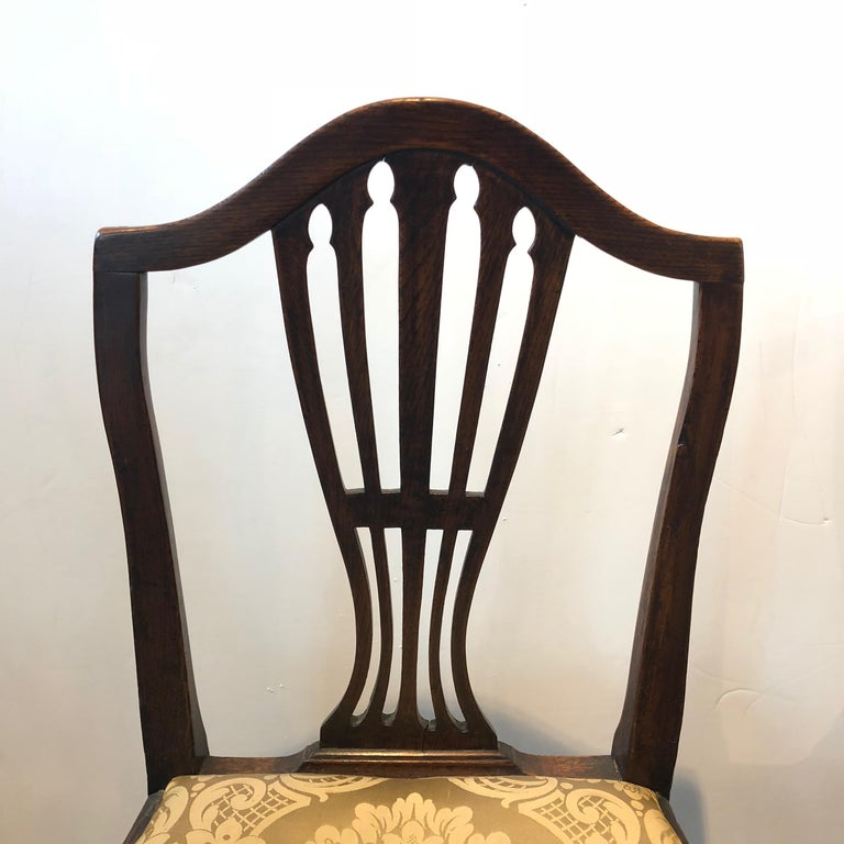 Pair of Georgian Side Chairs In Good Condition For Sale In Boston, MA