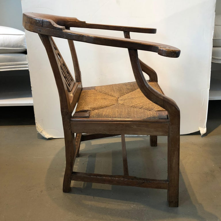 18th Century Italian Fruitwood Corner Armchair In Good Condition For Sale In Boston, MA
