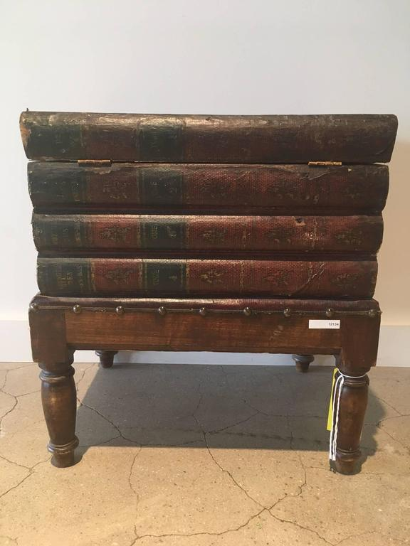 19th Century Faux Book Chest or End Table In Excellent Condition For Sale In Boston, MA