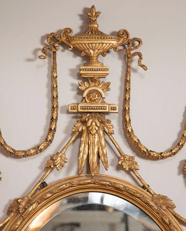 George III Style Giltwood Girandole Mirror In Good Condition For Sale In Essex, MA